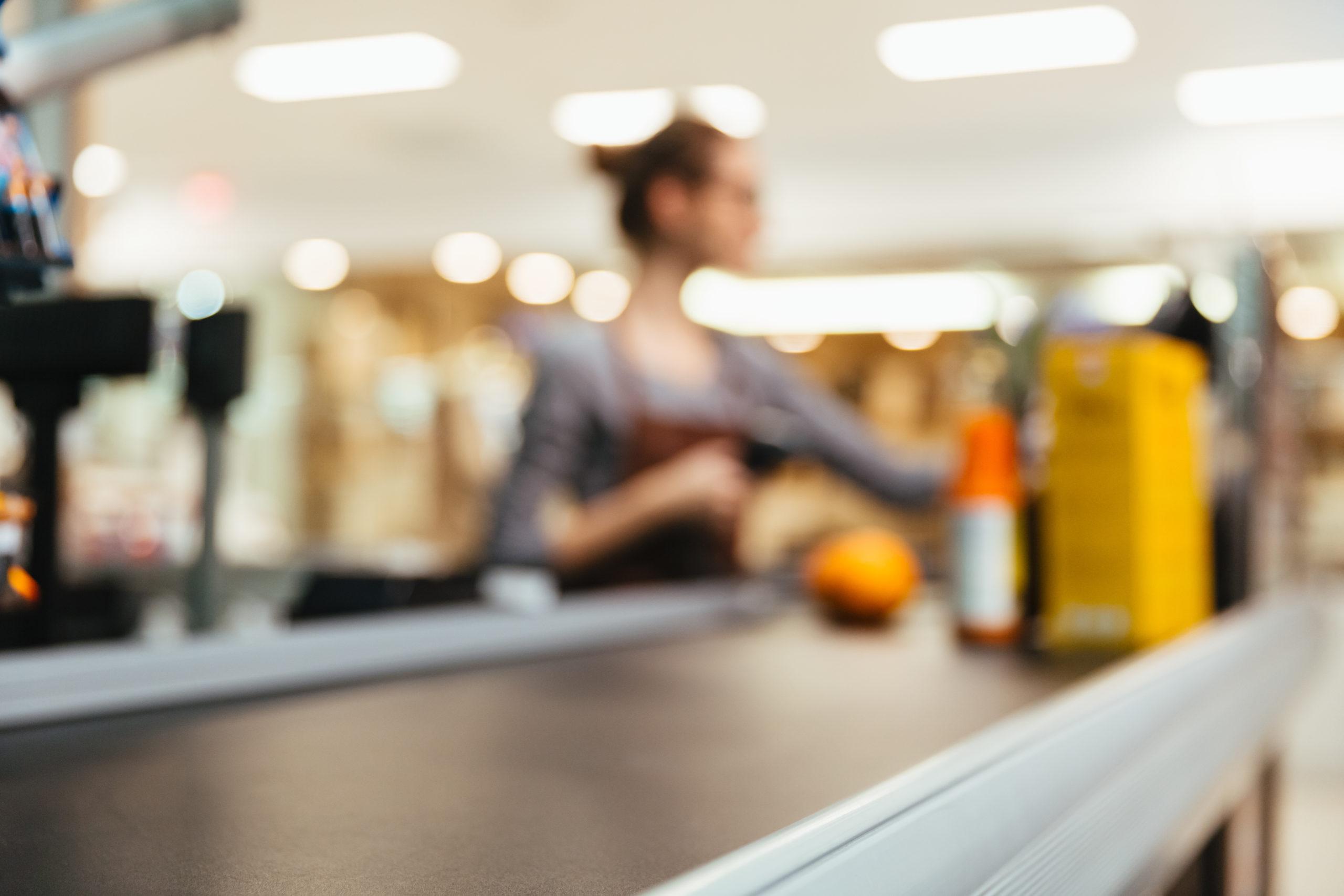Comercio firmó un acuerdo de suspensiones con sueldos para empleados al 75%
